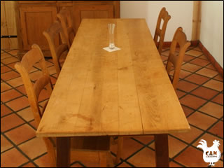 Can Llouquette - l'atelier dining table