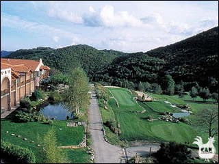 click to find out about golf in Languedoc-Roussillon